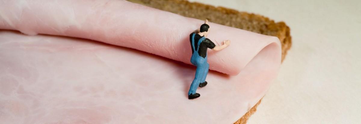 Miniatur Handwerker auf Brot